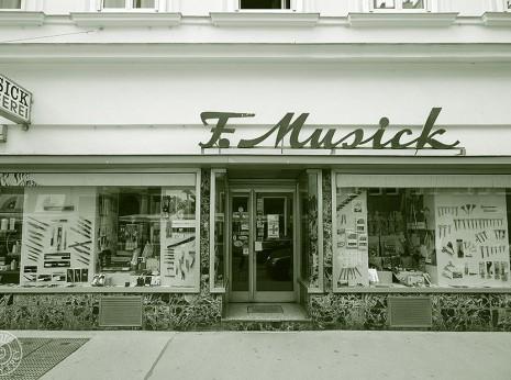 Geschaefte mit Geschichte: Franz Musick Qualitaetsschneidwaren, 1070 Wien