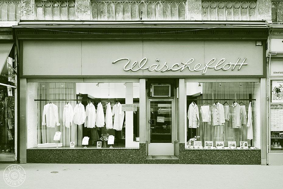 Geschaefte mit Geschichte: Wäscheflott, 1010 Wien