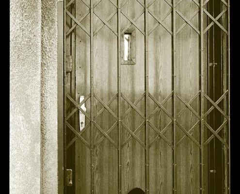 Ring My Bell: Alte Lampe (Foto: © Martin Frey)